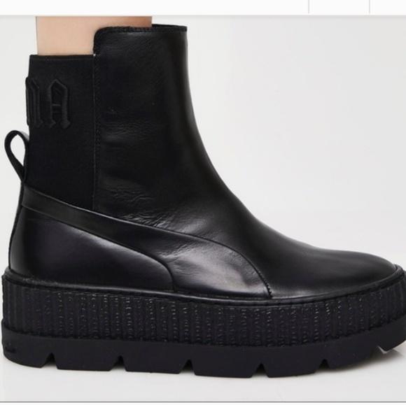 a5eec8840d43 Rihanna Fenty Puma boots. M 5be381f661974514f4a6e960